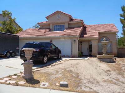 Palmdale Single Family Home For Sale: 38603 Juniper Tree Road