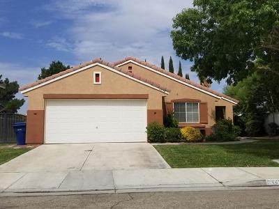 Lancaster Single Family Home For Sale: 44751 Ranchwood Avenue