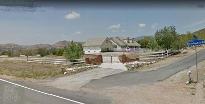Agua Dulce Single Family Home For Sale: 33406 Deerglen Lane