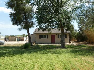 Lancaster Single Family Home For Sale: 8058 W Avenue E