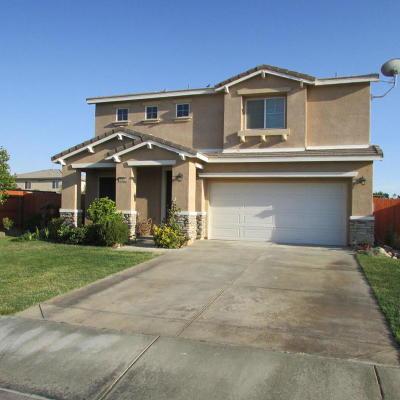 Rosamond Single Family Home For Sale: 3400 Gemstone Avenue