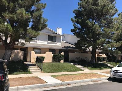 Palmdale Multi Family Home For Sale: 1105 Beechdale Drive #C