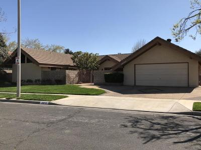 Palmdale Single Family Home For Sale: 39755 Luann Drive