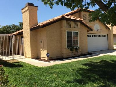 Palmdale Single Family Home For Sale: 37447 E 37th Street