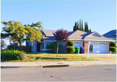 Palmdale Single Family Home For Sale: 3307 Conestoga Canyon Road