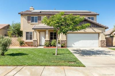 Palmdale Single Family Home For Sale: 5027 Delbon Way