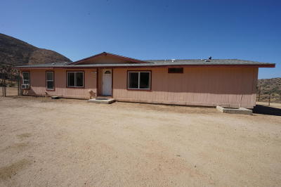 Palmdale Single Family Home For Sale: 33015 Oracle Hill Road