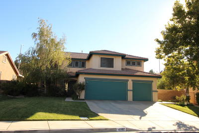 Palmdale Single Family Home For Sale: 4082 Portola Drive