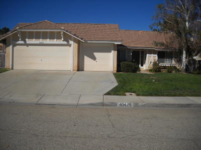 Palmdale Single Family Home For Sale: 40425 Milan Drive