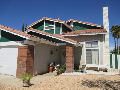 Palmdale CA Single Family Home For Sale: $315,000