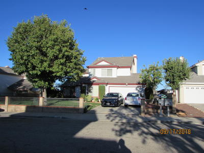 Palmdale CA Single Family Home For Sale: $329,900
