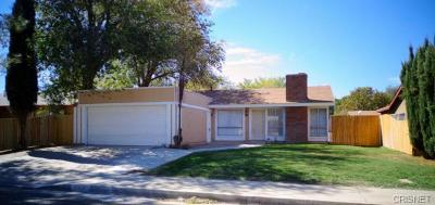 Palmdale, Lancaster, Quartz Hill, Rosamond, Pearblossom, Lake Los Angeles, Juniper Hills, Leona Valley, Lake Elizabeth, Antelope Acres, Lake Hughes, Green Valley, Llano, Littlerock Single Family Home For Sale: 44133 E 4th Street
