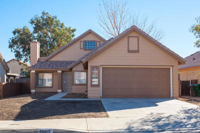 Palmdale Single Family Home For Sale: 36812 Benedict Court
