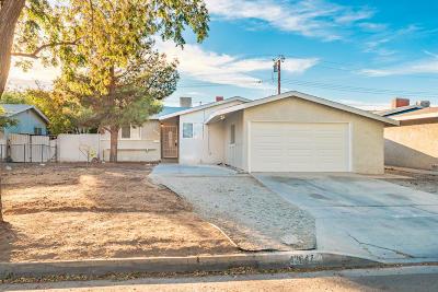 Lancaster Single Family Home For Sale: 43647 Foxton Avenue