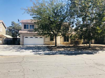 Palmdale CA Single Family Home For Sale: $379,900