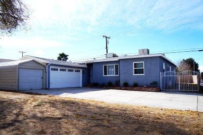 Lancaster Single Family Home For Sale: 830 W Avenue J4