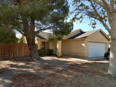 Single Family Home For Sale: 2556 Garnet Lane