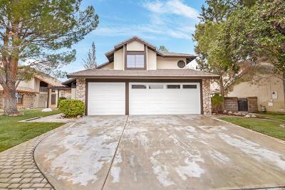 Lancaster Single Family Home For Sale: 43315 Cottage Lane