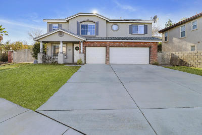 Palmdale Single Family Home For Sale: 3512 Parkmeadow Court