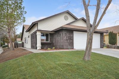 Palmdale Single Family Home For Sale: 37672 Lasker Avenue