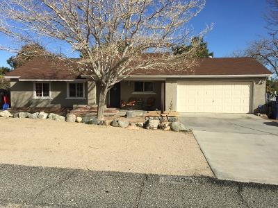 Lake Los Angeles Single Family Home For Sale: 39512 E 166th Street