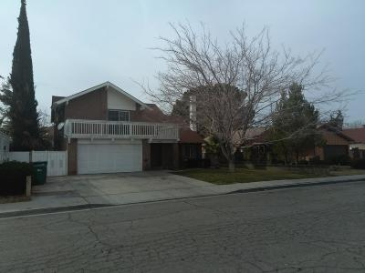 Lancaster Single Family Home For Sale: 44433 E 13th Street
