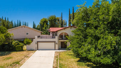 Palmdale Single Family Home For Sale: 468 Fairway Drive