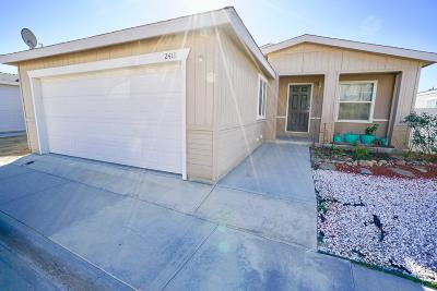 Rosamond Single Family Home Active Under Contract: 2418 Summit View Drive