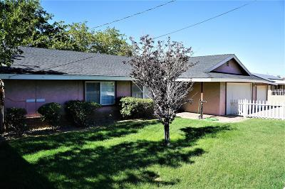 Lancaster Multi Family Home For Sale: 5527 W Ave M 2