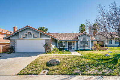 Palmdale Single Family Home For Sale: 40522 Peonza Lane