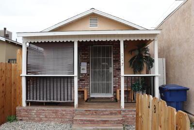 Lancaster Single Family Home For Sale: 117 W Pillsbury Street