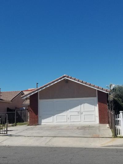 Palmdale Single Family Home For Sale: 37625 San Ysidro Way