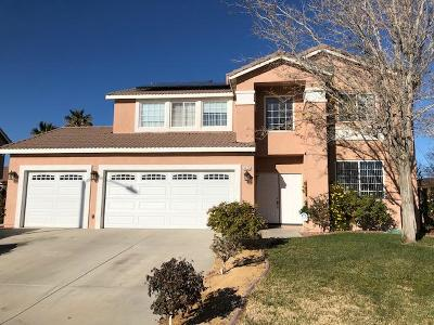 Palmdale Single Family Home For Sale: 5625 Churchill Court