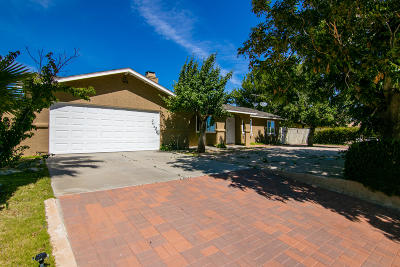 Palmdale Single Family Home For Sale: 36617 E 37th Street