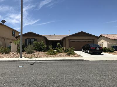 Palmdale Single Family Home For Sale: 6568 Lasseron Drive