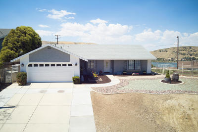Palmdale, Lancaster, Quartz Hill, Leona Valley, Lake Elizabeth, Lake Hughes, Antelope Acres, Rosamond, Littlerock, Juniper Hills, Pearblossom, Lake Los Angeles, Wrightwood, Llano Single Family Home For Sale: 15183 Akker Road