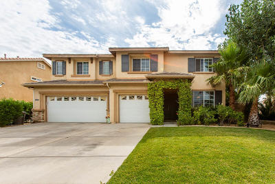 Palmdale Single Family Home For Sale: 39040 Giant Sequoia Street
