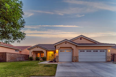 Lancaster Single Family Home For Sale: 44517 W 37th Street