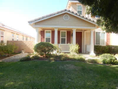 Palmdale Single Family Home For Sale: 3631 Mountain Shadow Court