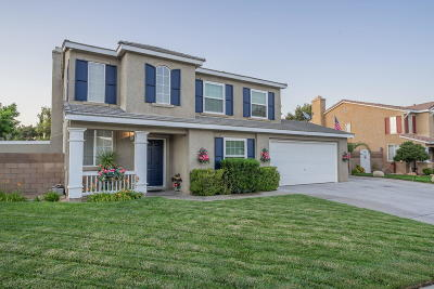 Palmdale Single Family Home For Sale: 113 Agua Santa Drive