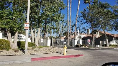 Palmdale Condo/Townhouse For Sale: 37940 E 42nd Street #153