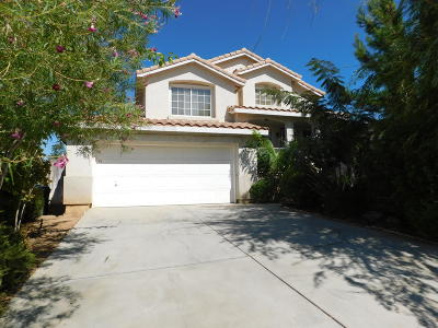 Palmdale Single Family Home For Sale: 36816 Firethorn Street