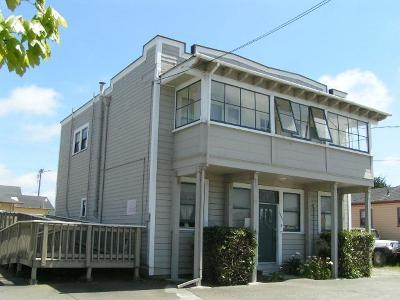 Eureka Multi Family Home For Sale: 527 W Wabash Avenue