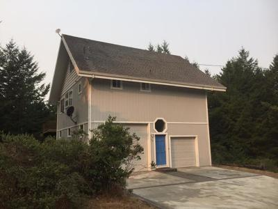 Whitethorn  Single Family Home For Sale: 718 Redwood Road