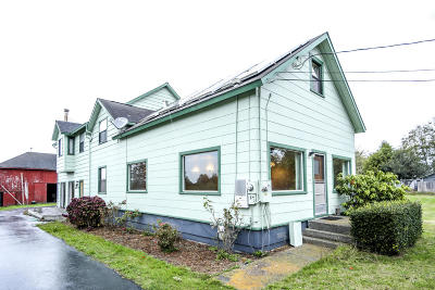 McKinleyville Single Family Home For Sale: 3040 Central Avenue