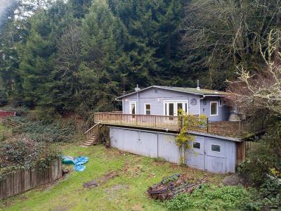 Eureka Single Family Home For Sale: 8489 Elk River Road