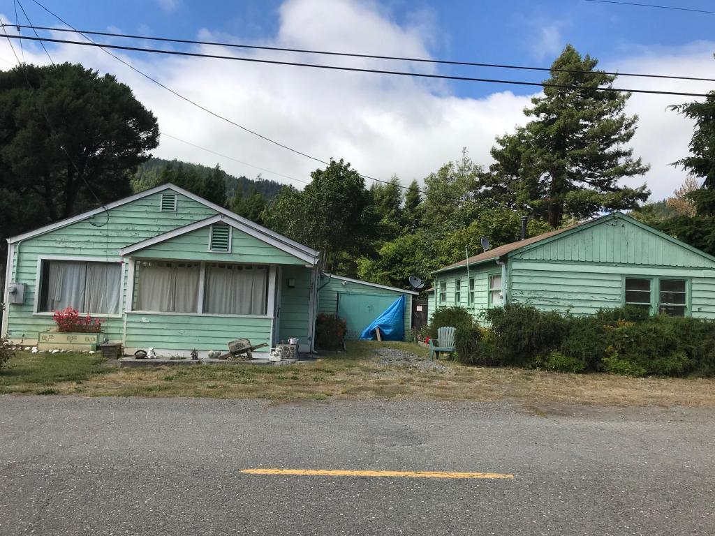 2 bed / 1 bath Home in Scotia for $300,000