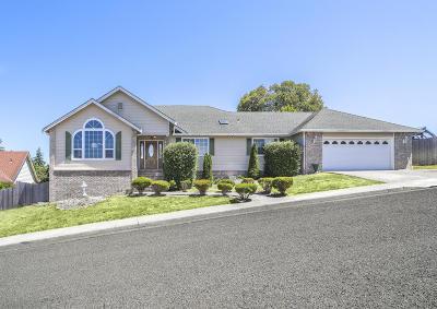 McKinleyville Single Family Home For Sale: 2235 Sunset Ridge Road