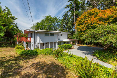 McKinleyville Single Family Home For Sale: 2520 Sunnygrove Avenue