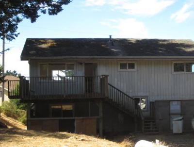 Whitethorn  Single Family Home For Sale: 230 Olson Road